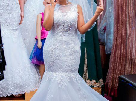 Lady Scarlet Bridal & Salon