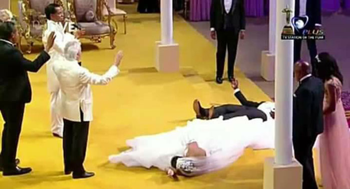 Pastor Benny Hinn presides over wedding of Pastor Chris