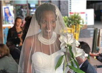 32 year old Lulu who 'married self' at her wedding