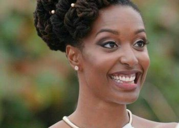 A brides rocked dreads for her wedding