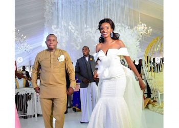 Hellen Lukoma wore simple fluffy dress for her wedding day with Mr. Anwar Kaka