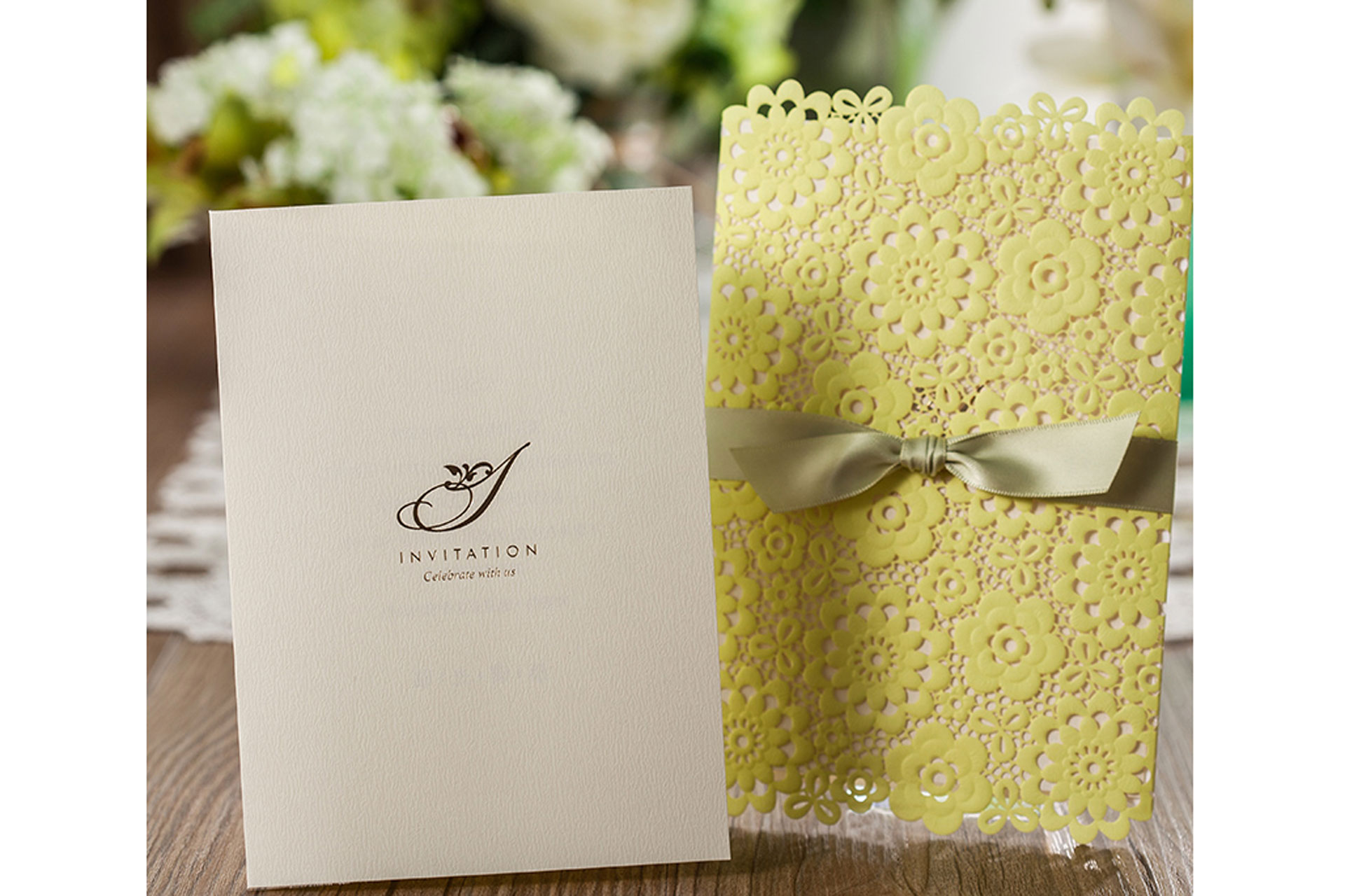 What you must know before making invitation cards for your wedding