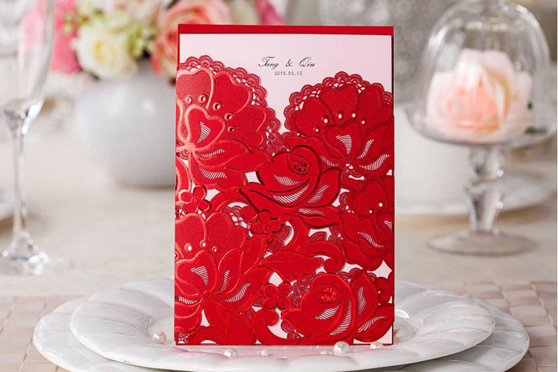 What You Must Know Before Making Invitation Cards For Your