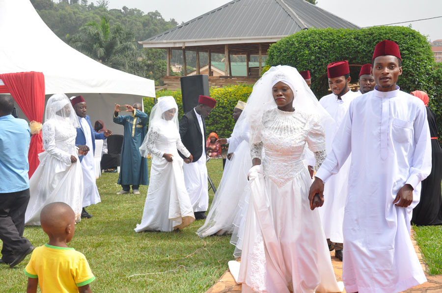 20 youth couples wed in a Muslim mass wedding – My Wedding – For
