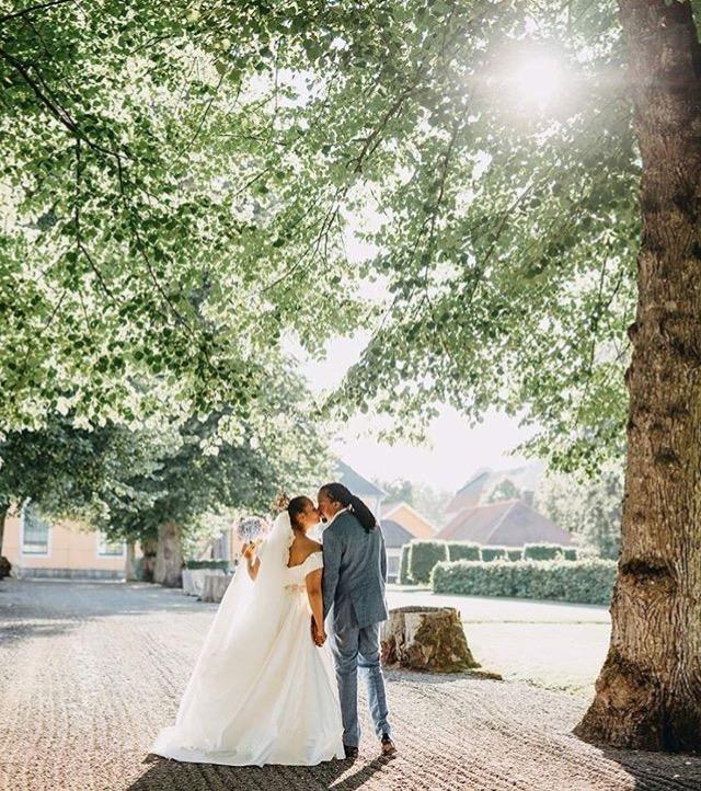 10 Gorgeous Photos From Navio's Wedding